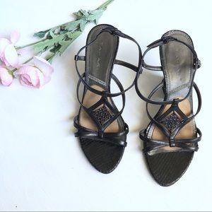 TAHARI black snake skin wedge leather sandal